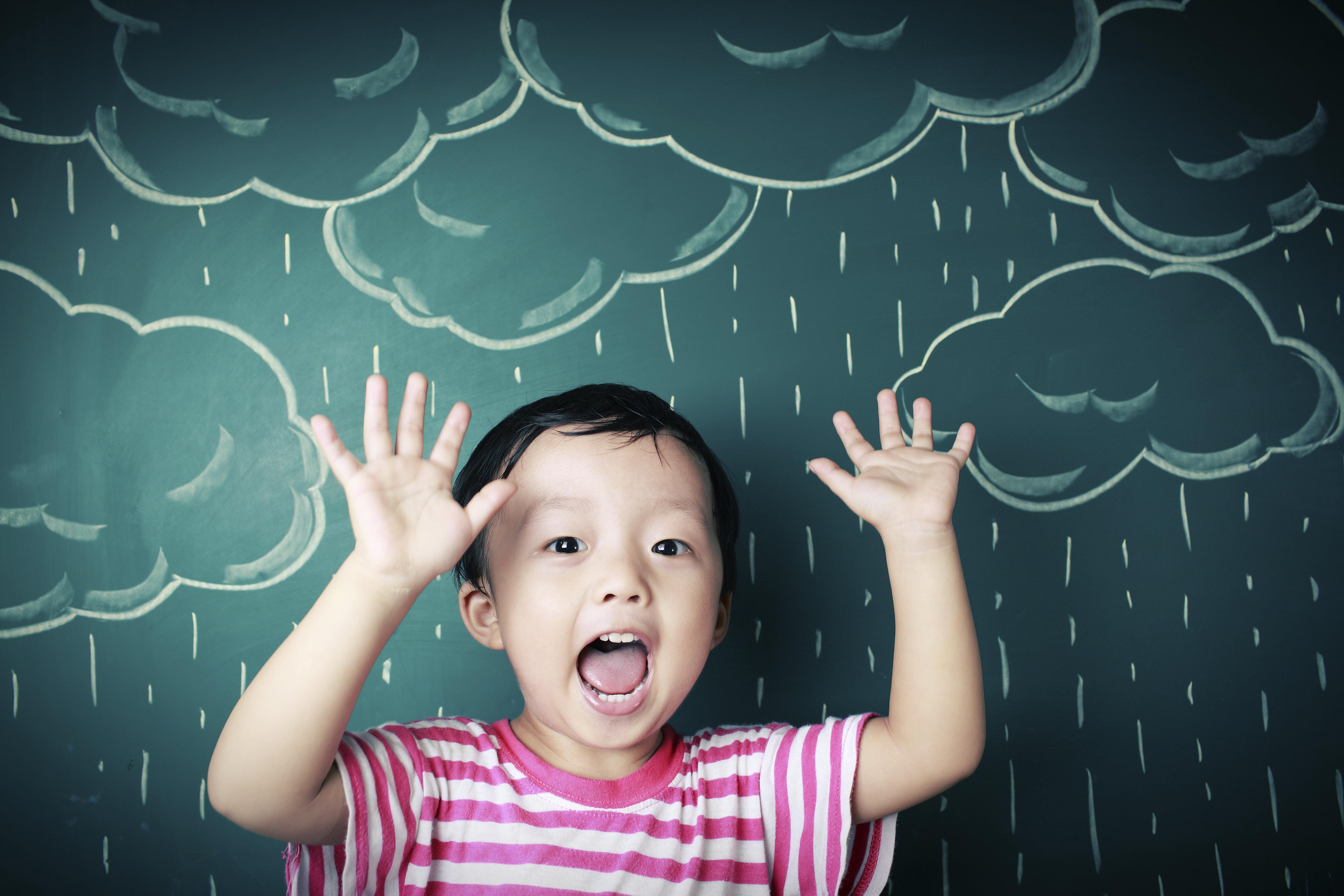 rainy-day-funiStock_000027408636XXXLarge[1]
